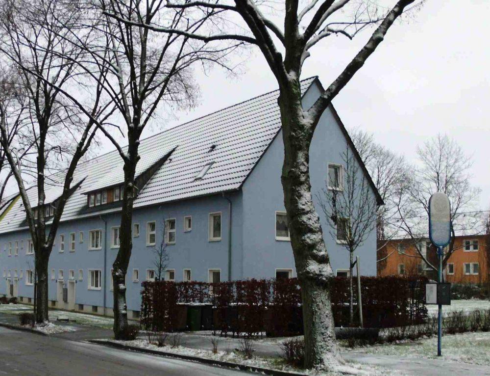 """""""Wir >GUTACHTEN< solange, bis es passt!"""" / Städtische Mietshäuser : Wieviele Gutachten bis zur Entscheidung?"""