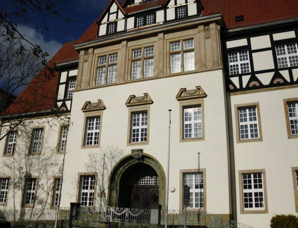 """Löhner Jugendamt wird zum NRW-Petitonsausschuss zitiert: Konseqenzen und Entschuldigung??? / Causa """"Wehmeyer-Zwillinge"""" auf der langen Bank / LBA kritisiert Hinhalte-Taktik und Untätigkeit"""